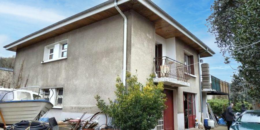 Estimatif du coût des travaux de rénovation d'une maison à Caluire-et-Cuire.